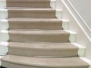 Tapis Escalier Saint Maclou : ateliers picot pose et fourniture de moquettes et tapis sur mesure escaliers main courante ~ Nature-et-papiers.com Idées de Décoration