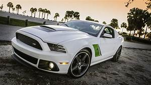 Ecran Video Voiture : fond d 39 cran voiture de sport fonds d 39 cran hd ~ Dallasstarsshop.com Idées de Décoration
