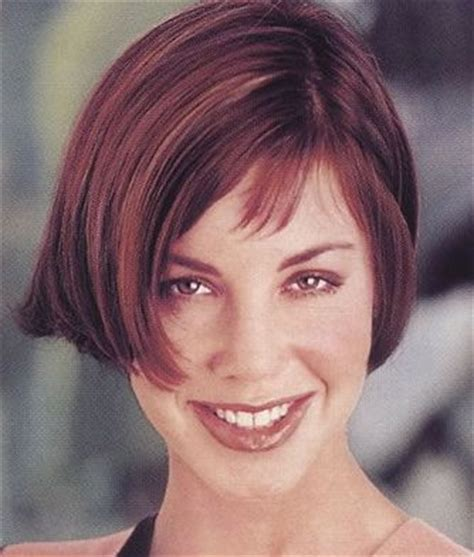 old fashioned short bob hairstyle