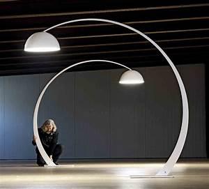 Lampadaire Design Led : 1962 lampadaire arc led h220 cm blanc ~ Teatrodelosmanantiales.com Idées de Décoration