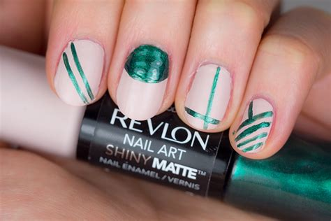 Revlon Nail Art Shiny Matte