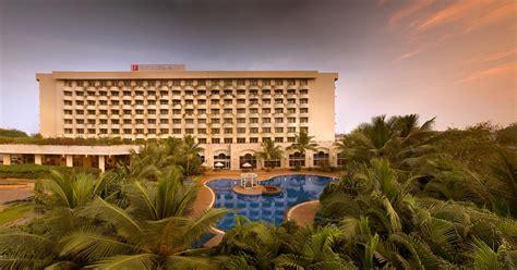 hotel  lalit mumbai airport india bombay bookingcom
