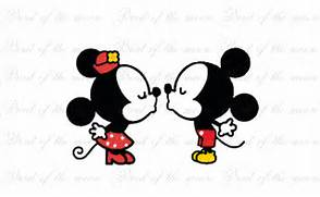 kiss Mickey and Minnie...Mickey Mouse And Minnie Kissing