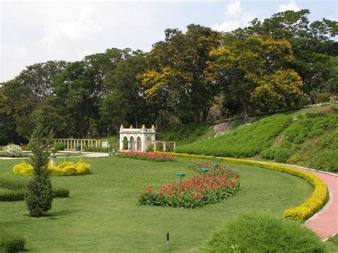 Gardens : Stunning Beauty Of Levens Hall Garden, Uk [9 Pics]