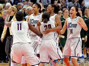 UConn women hold off Baylor, extend winning streak ...