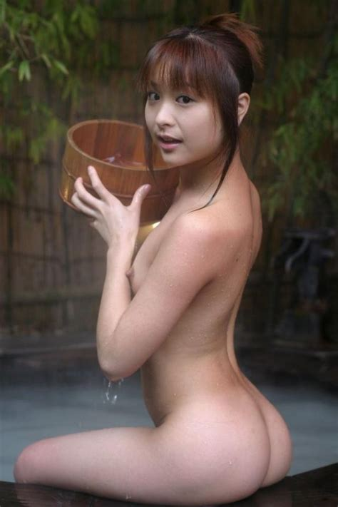 Naked Japanese Girl At A Genkan Hot Spring Asian Hotties