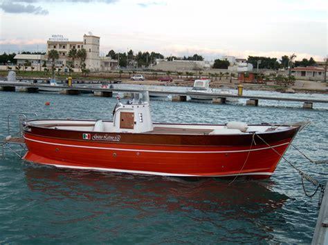 gozzo latino cantiere navale latinoprogettazione barche