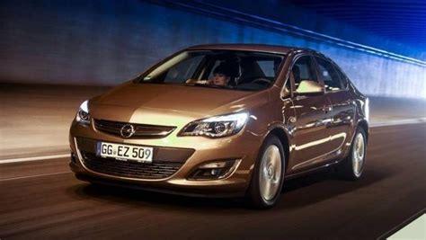 Auto 4 Porte by Opel Astra Sedan 4 Porte Listino Prezzi 2018 Consumi E
