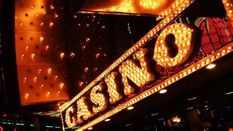 Papasakojo apie darbą kazino: spjaudymas ir stumdymas dar ...