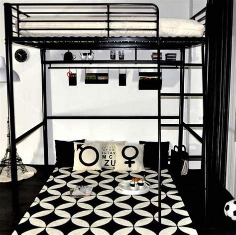stickers pour chambre d ado gain de place dans la chambre ado avec un lit mezzanine