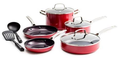 pots  pans  gas stove   favorite products