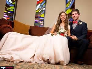 hot topic wedding band duggar family updates pictures jim bob