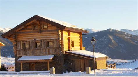 chalet montagne font romeu location chalet de luxe le chalet des pres dores font romeu 13555 chalet montagne