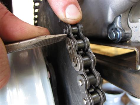 How To Install A Chain Master Link Clip