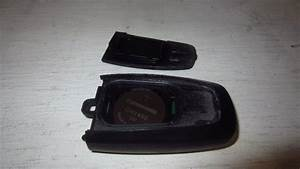2015-2022-Ford-Mustang-Key-Fob-Battery-Replacement-Guide-009