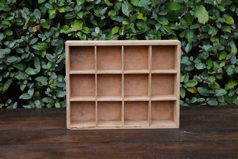 les deconneuses au cases ou casier en bois