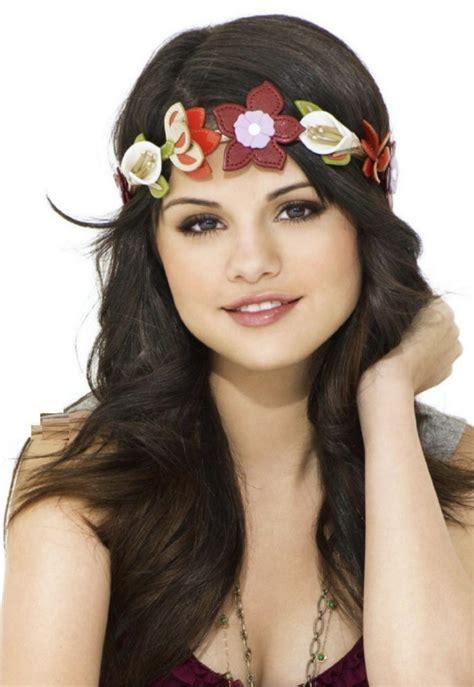 Selena Gomez Looking Cute