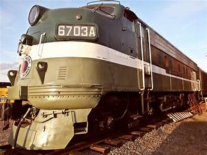 Northern Pacific Diesel Train Engine 6703a Of The Inland