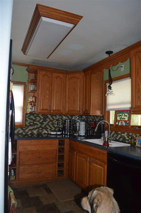 replace fluorescent kitchen light kitchen replacing kitchen fluorescent light fixtures 4732