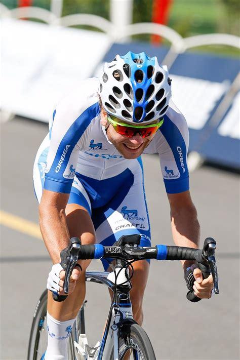el equipo de ciclismo team novo nordisk anima  hacer