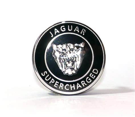 jaguar caches moyeux pour jantes  mm livraison gratuite