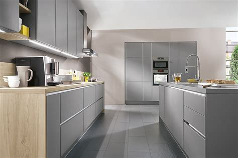 gloss or matt kitchen cabinets nobilia musterk 252 che nobilia 615 laser 413 mineralgrau 6868