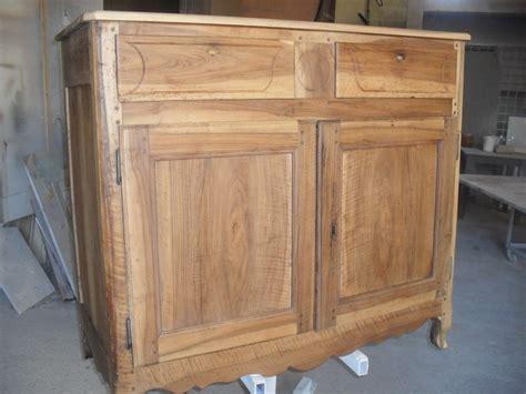 meuble cuisine en bois brut meuble de cuisine brut peindre rnover une cuisine comment
