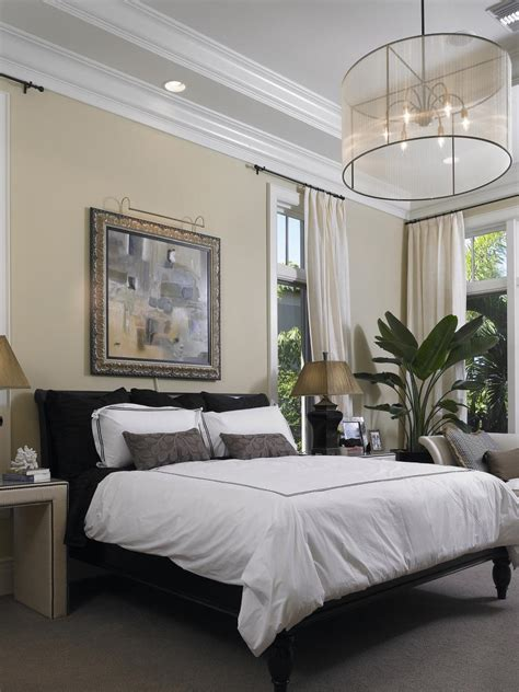 10 Allwhite Bedroom Linens  Hgtv