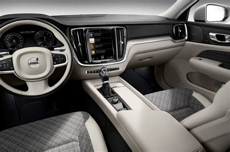 Volvo Reveals Slick 2019 V60 Wagon in Stockholm, S60 and