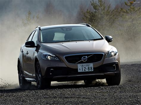 Volvo V40 Cross Country Hd Picture by Volvo V40 Cross Country Jp Spec 2013 Pictures 1600x1200