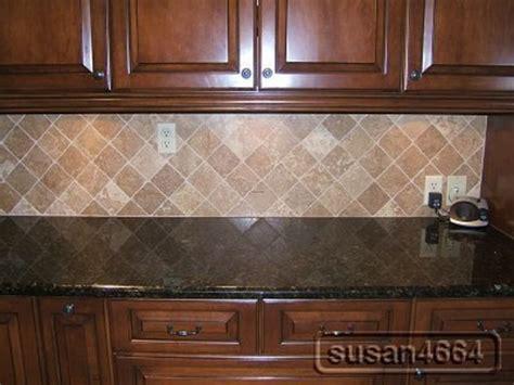 Dark Maple Kitchen Cabinets / design bookmark #9877
