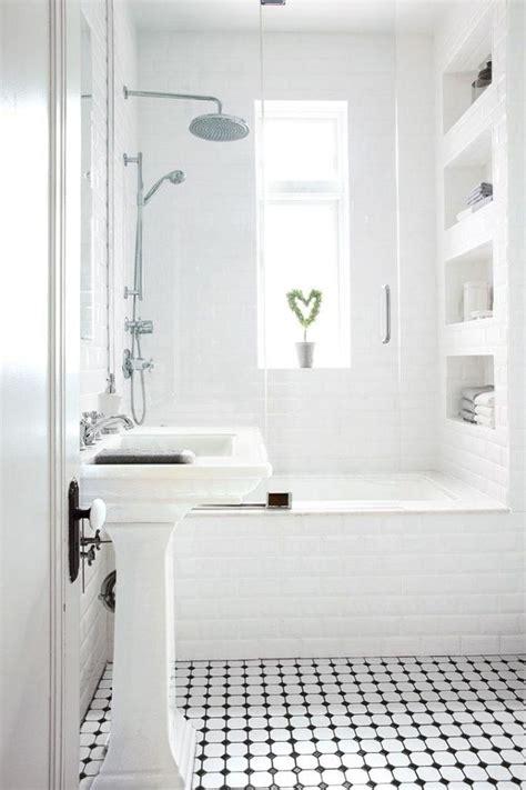 cuisiniste salle de bain les 25 meilleures idées de la catégorie salles de bain