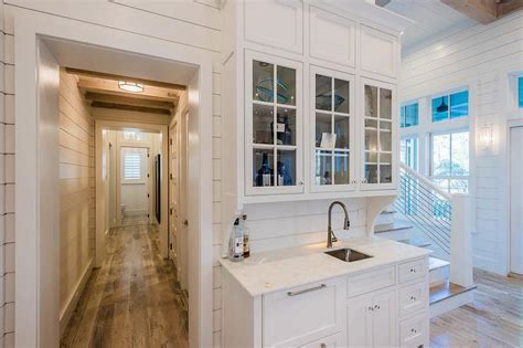 Beach Bungalow Wet Bar with Shiplap Backsplash   Cottage