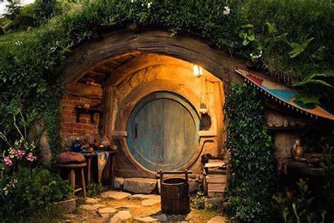 The Reallife Hobbiton In New Zealand  Gadgetsin