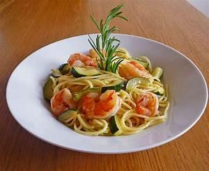 Rezepte Mit Garnelen : spaghettini mit zucchini und garnelen rezept mit bild ~ Lizthompson.info Haus und Dekorationen