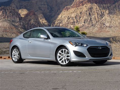 The hyundai genesis coupe's cabin welcomes refugees from the plastic armageddon known as the current ford mustang gt and dodge challenger r/t think recaros built for crossing the country instead of an autocross. 2013 Hyundai Genesis Coupe: First Drive (Page 2)