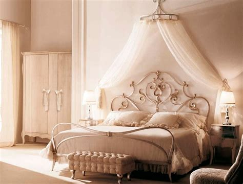Shabby Chic Metal Headboard by 40 Stunning Bedrooms Flaunting Decorative Canopy Beds