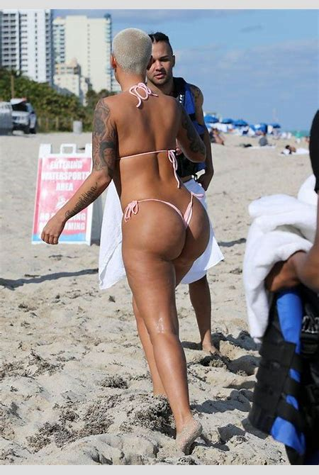 65 best fashion images on Pinterest | Amber rose body, Good looking women and Beautiful women