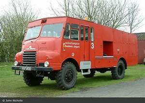 Wolverhampton Vereinigtes Königreich : einsatzfahrzeug wolverhampton business airport rescue ~ Watch28wear.com Haus und Dekorationen