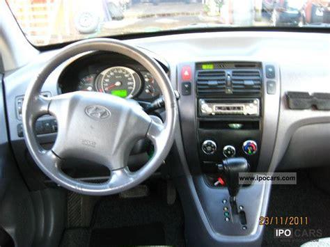 hyundai tucson  crdi gls wd auto car