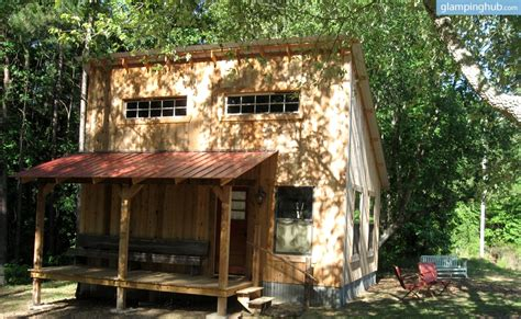 Family Friendly East Coast Style Home California by Gling Cabin In