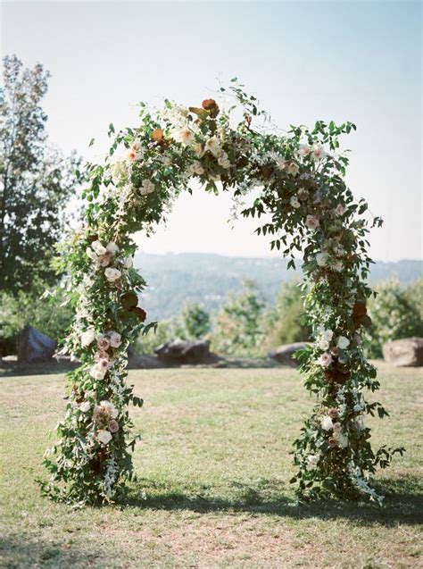 25 Best Ideas About Wedding Arch Flowers On Pinterest