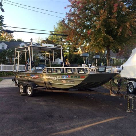 Boat Motor Repair London Ontario by The 25 Best Aluminum Boat Paint Ideas On Pinterest