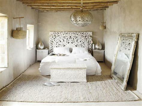 chambre deco indienne les meubles indiens modernes ou traditionnels ils sont