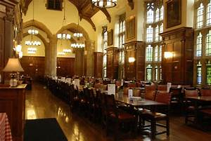 Which Yale Dining Hall Should You Eat At?