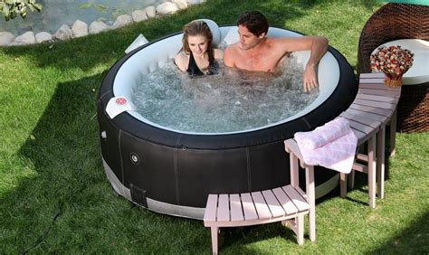 Best Inflatable Hot Tubs, Spas & Jacuzzi Reviews For 2018