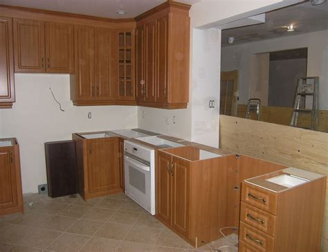 pilon de cuisine armoires de cuisine en thermoplastique 28 images