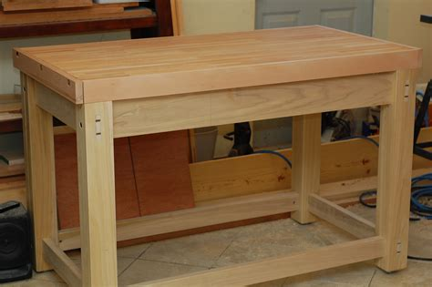 woodworking workbench cross grain