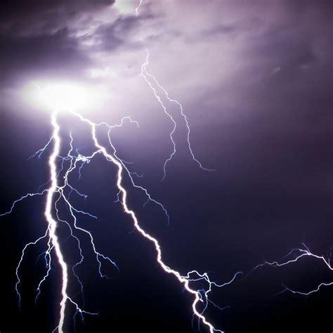 Animated Lightning Wallpaper - lightning strike wallpapers wallpaper cave