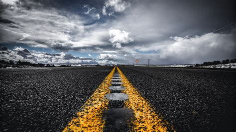 wallpaper  road marking horizon